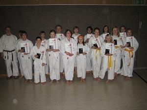 Karateprüfg Dez 12 007